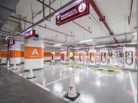 特斯拉爆出大动作! 极可能建全球最大超级充电桩 投资近30亿 车载AI芯片全球研发中心项目落地临港新片区