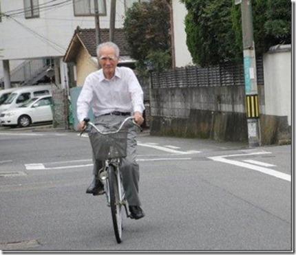 日本退休首相村山先生
